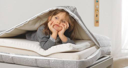 Come scegliere il materasso giusto per un bambino